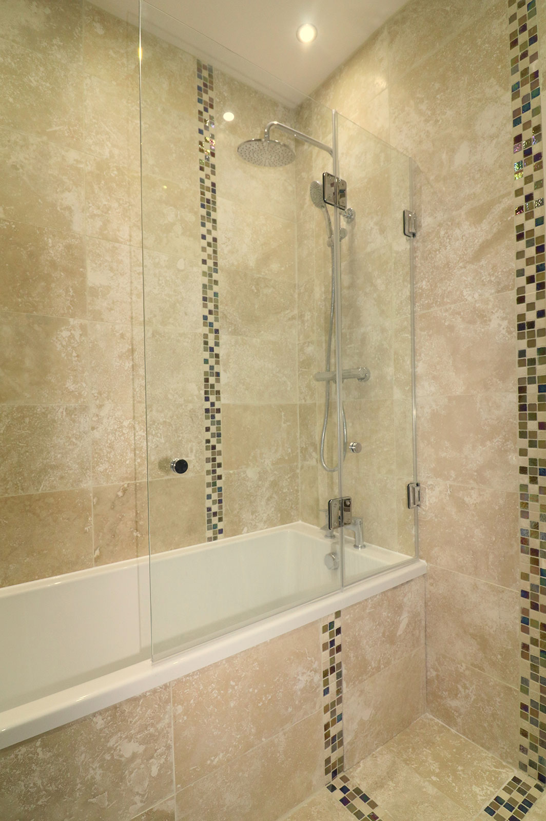 Custom Sized Bi-Folding Bath Screen