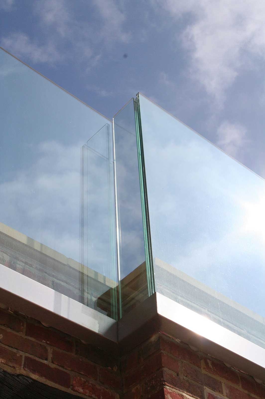 External Glass Balustrade, Streele Farm