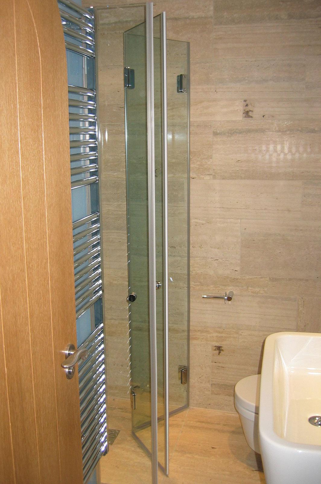 Bespoke Wet Room Shower Screen