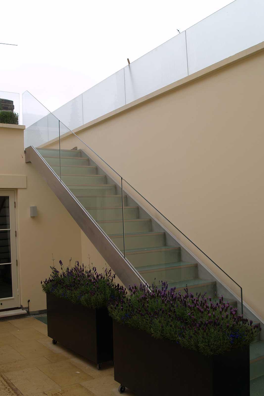 Frameless Glass Balustrade Staircase, Cumberland Terrace