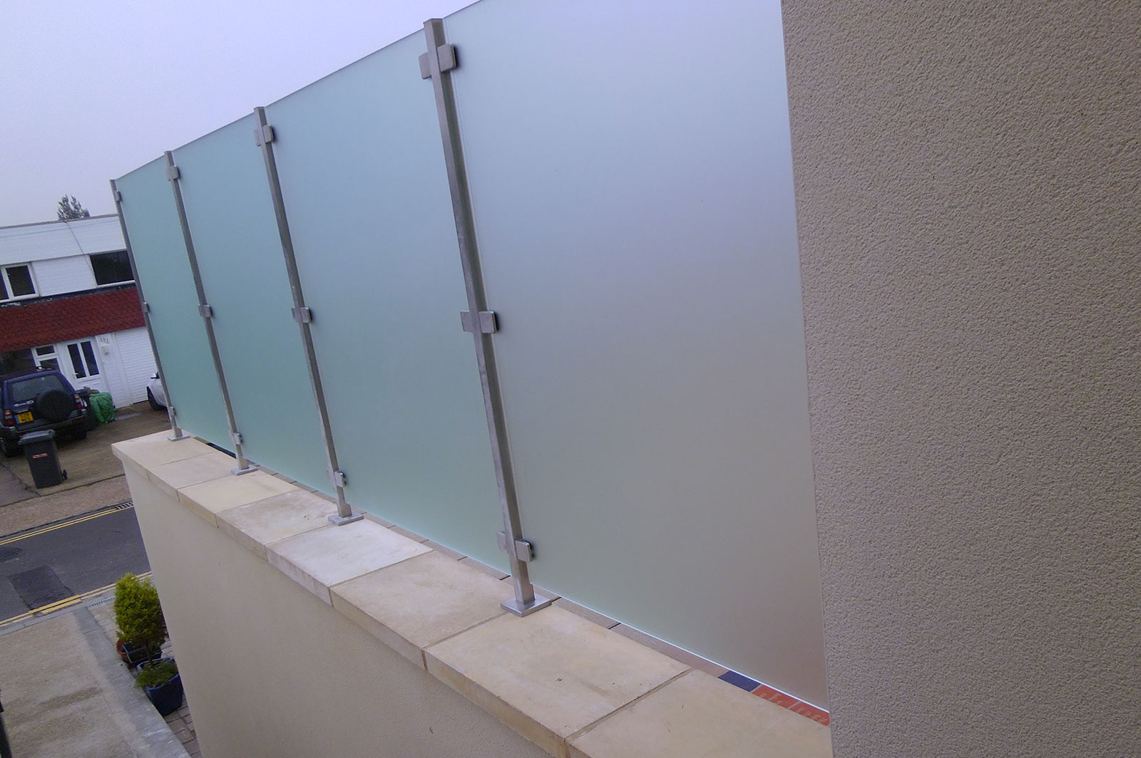 External Frosted Glass Balustrade Screens