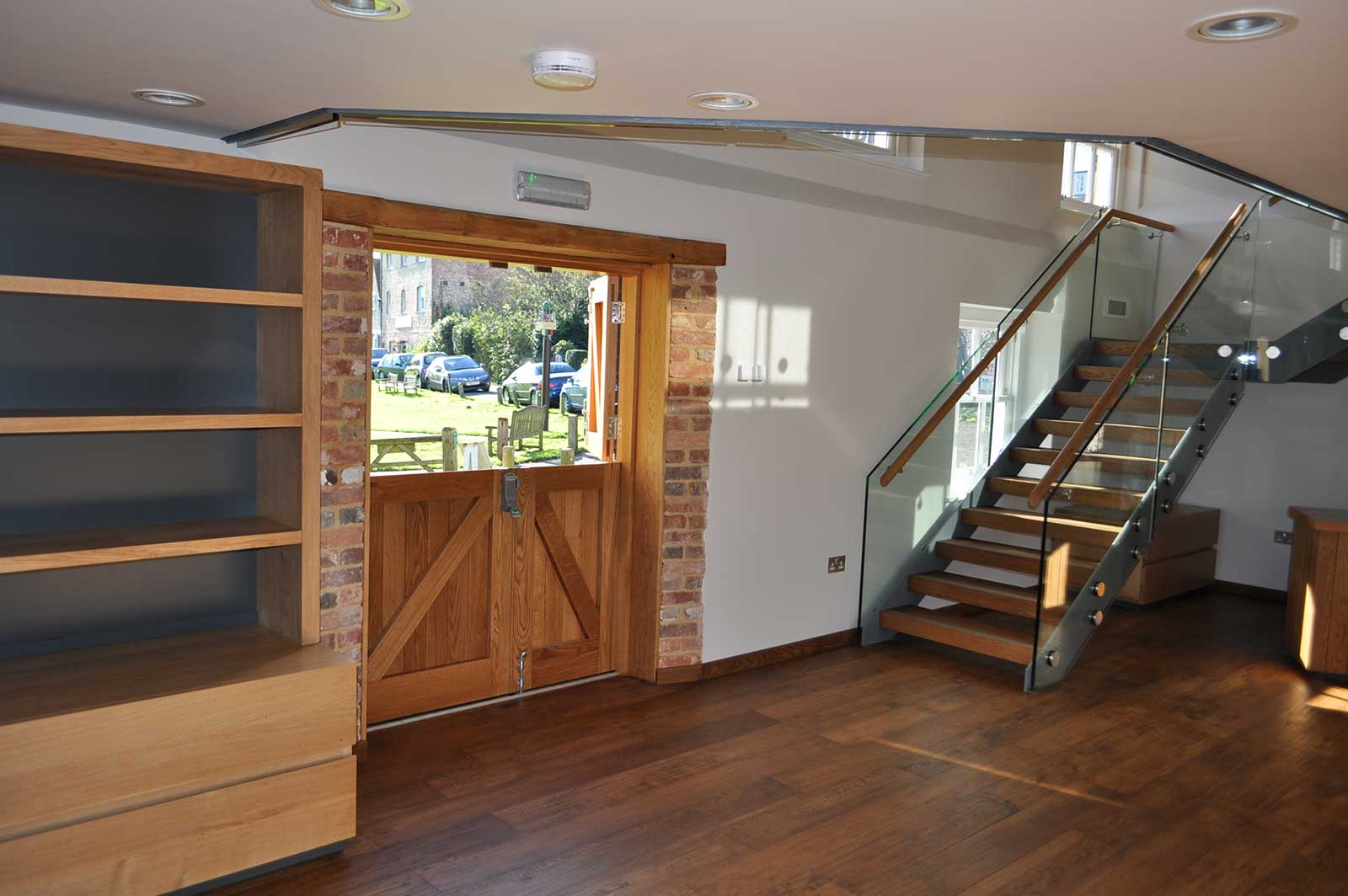 Frameless Bolted Glass Staircase Balustrade, Rathfinny Estate