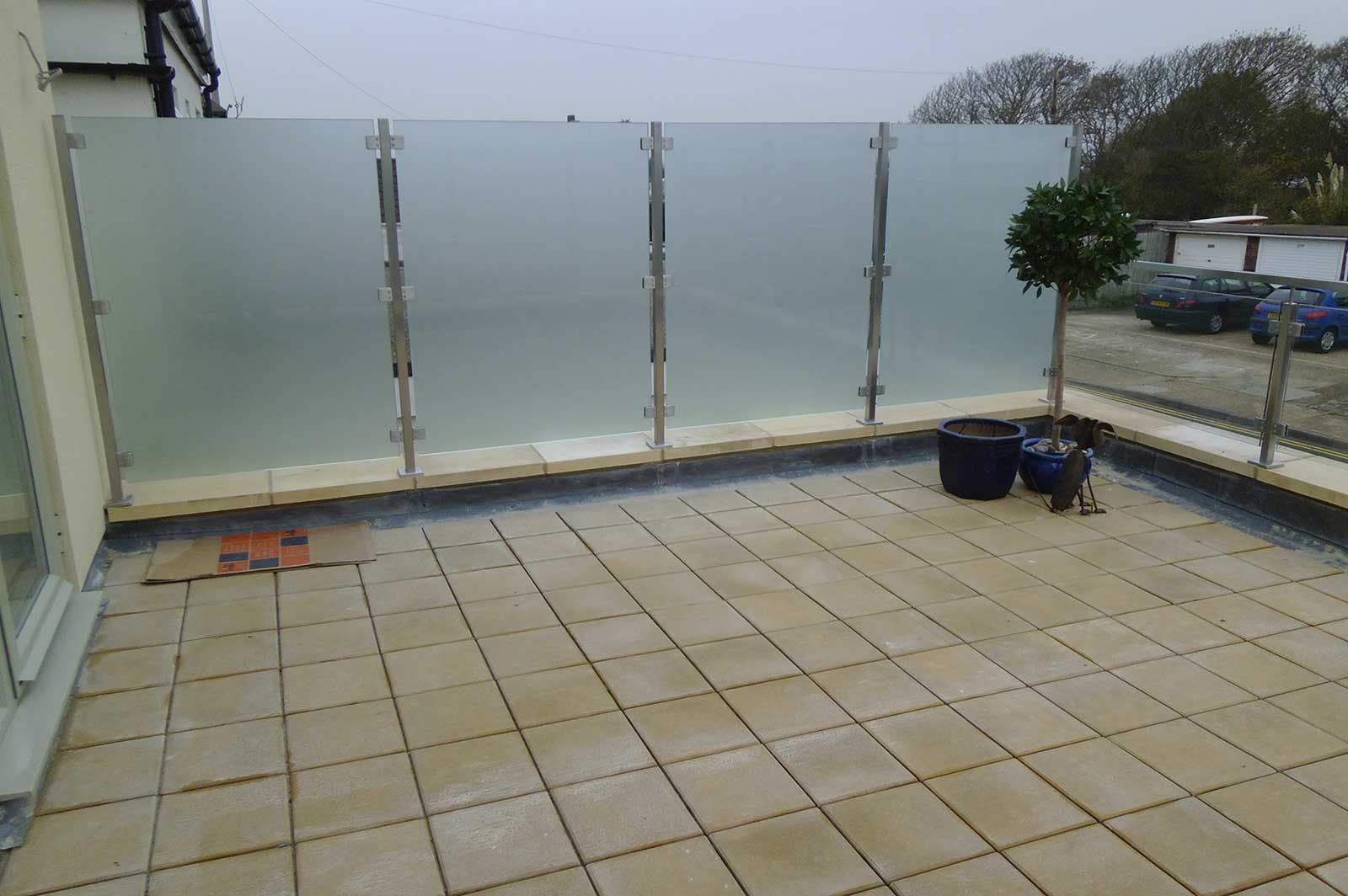 External Glass Privacy Screen, Pevensey Bay