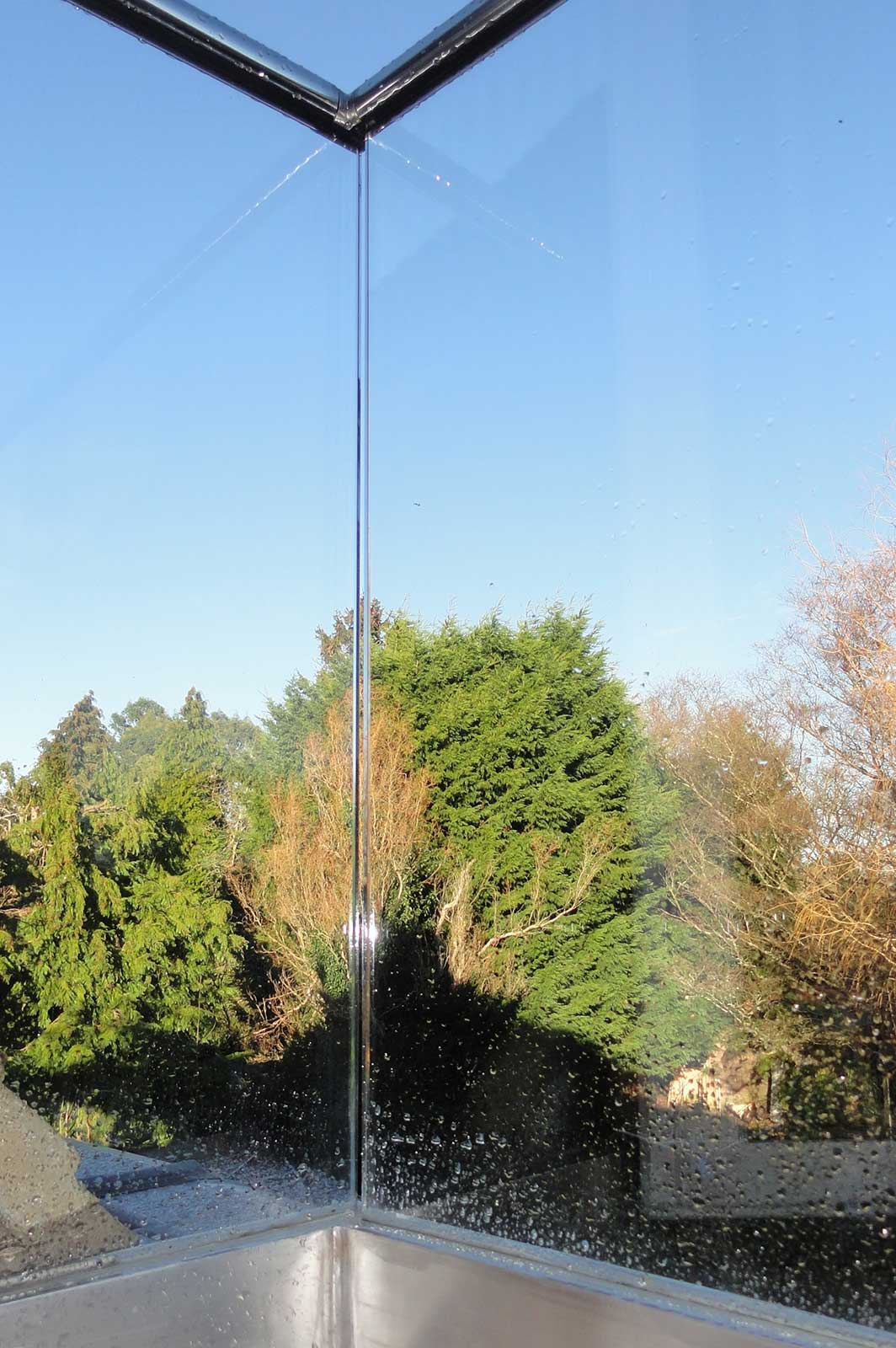 External Glass Balustrade Detail Channel Set