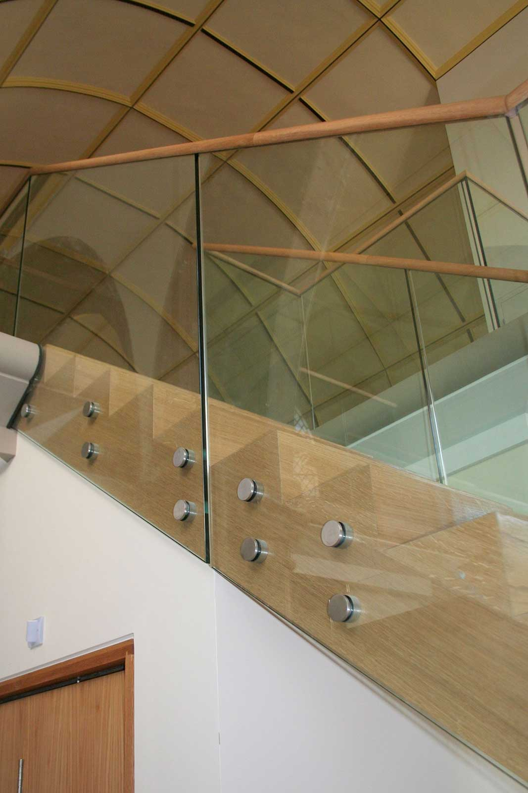 Glazed Staircase Balustrade with Bolt Fixed System