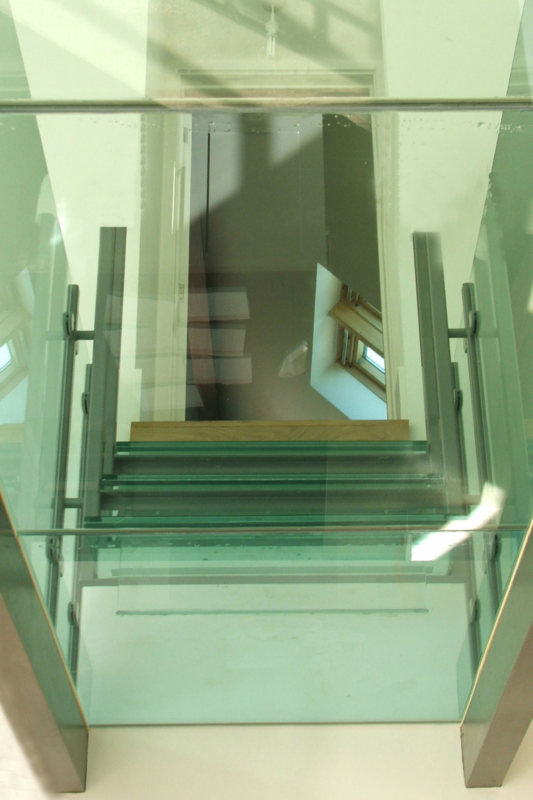 Structural Glass Flooring and Glass Stair Treads