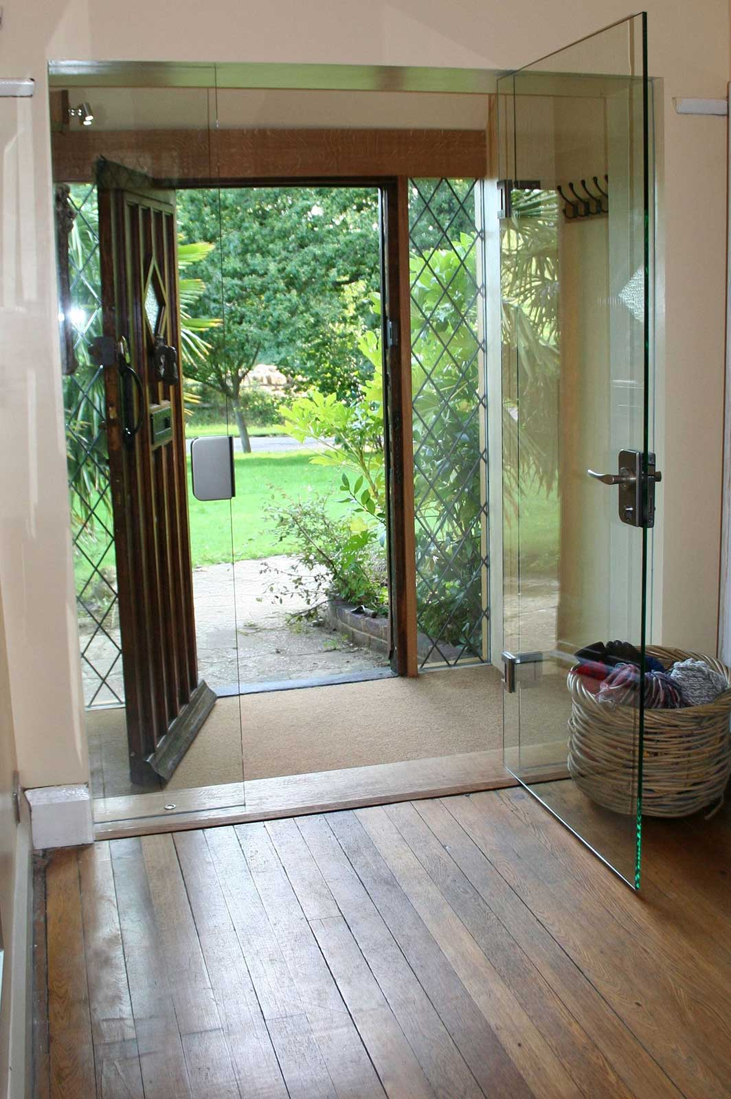Frameless Glass Door with Lock for Front Entrance