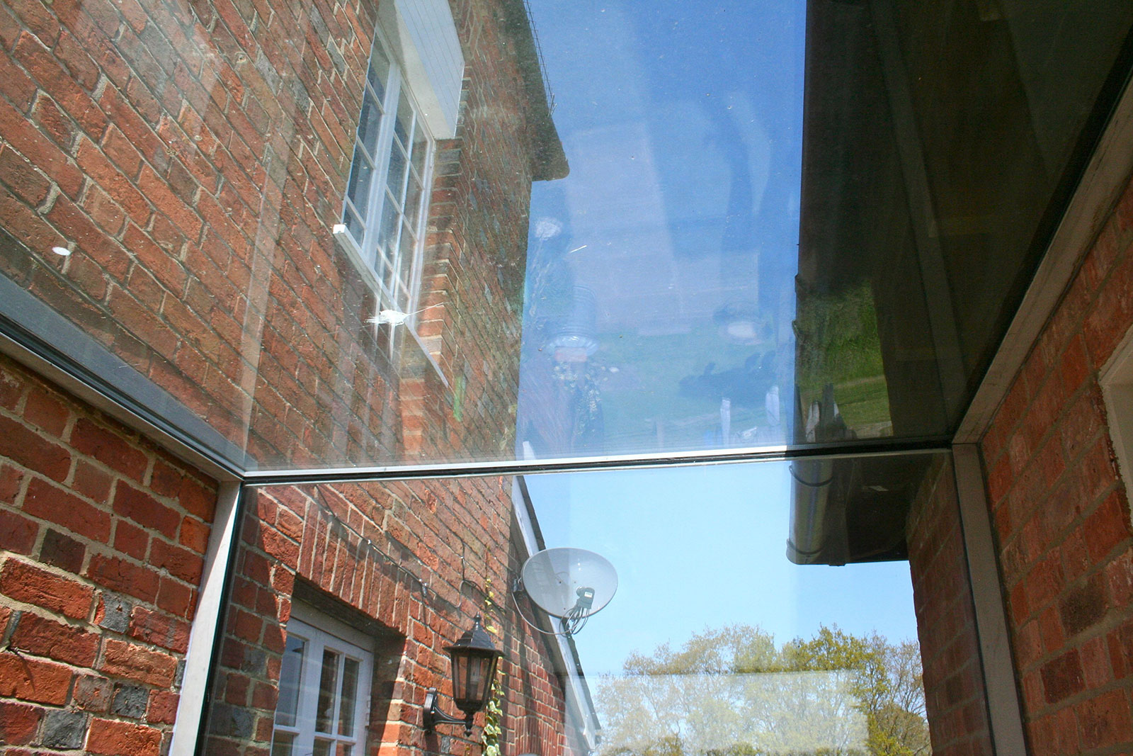 Glass Linkway with Glass Roof and Side Panels