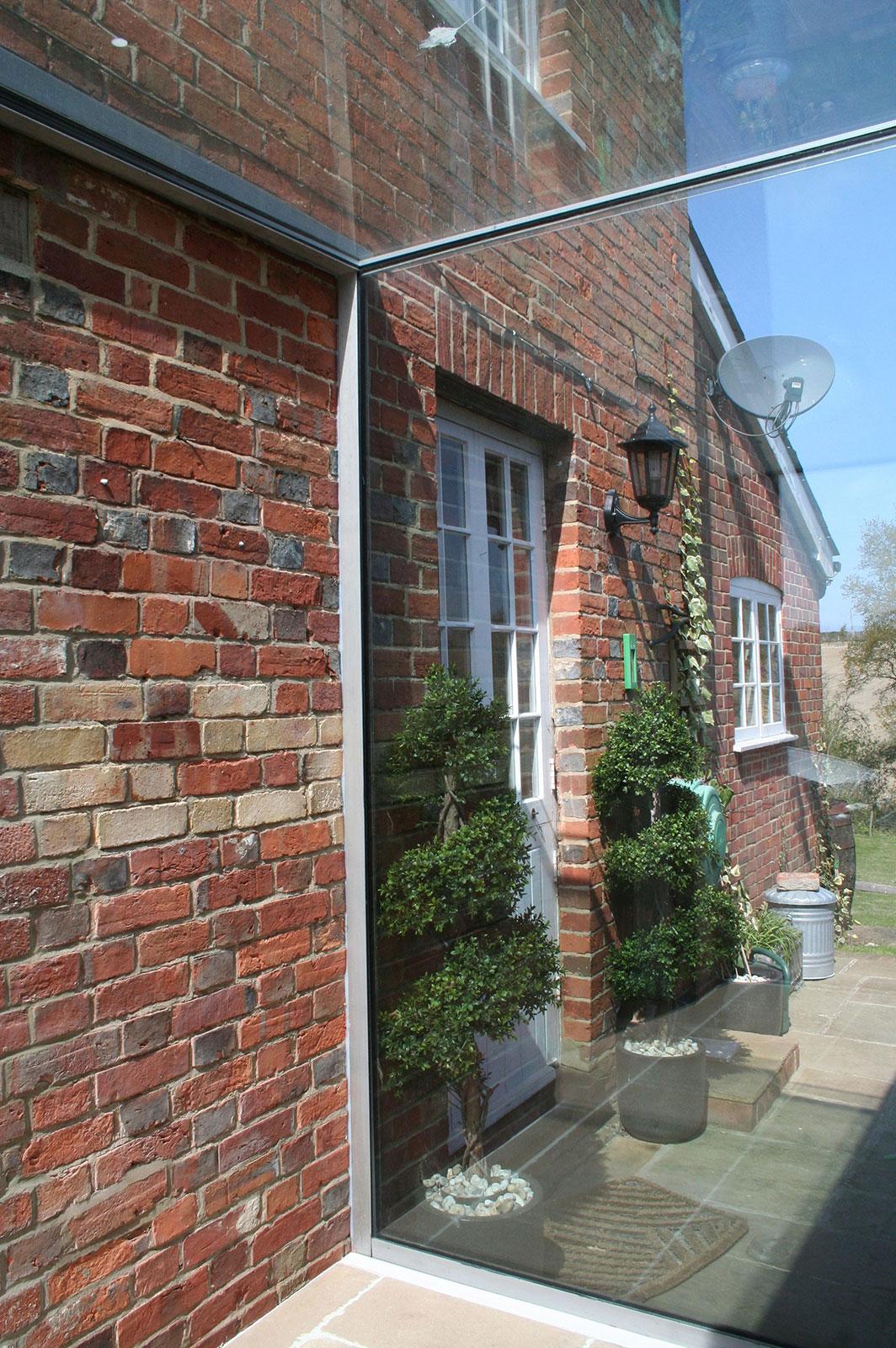 Bespoke Glass Linkway to Farmhouse