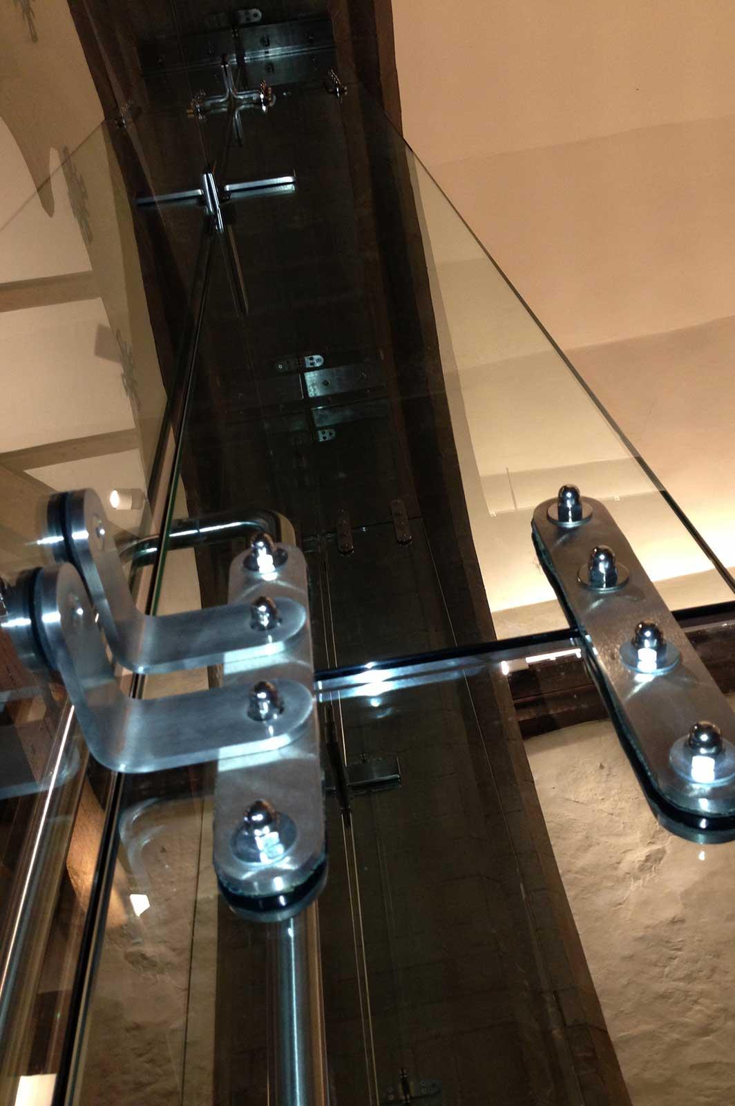 Stainless Steel Glass Door Fixings