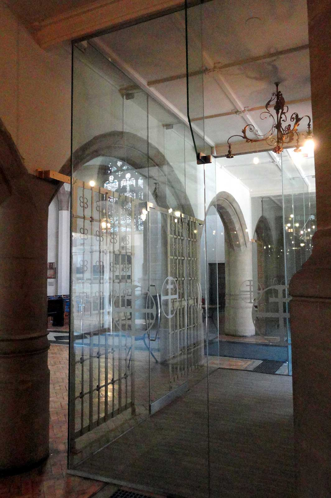 Structural Glass Church Meeting Room, Sloane Square