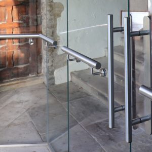 Stainless Steel Handrail Handles to Glass Doors