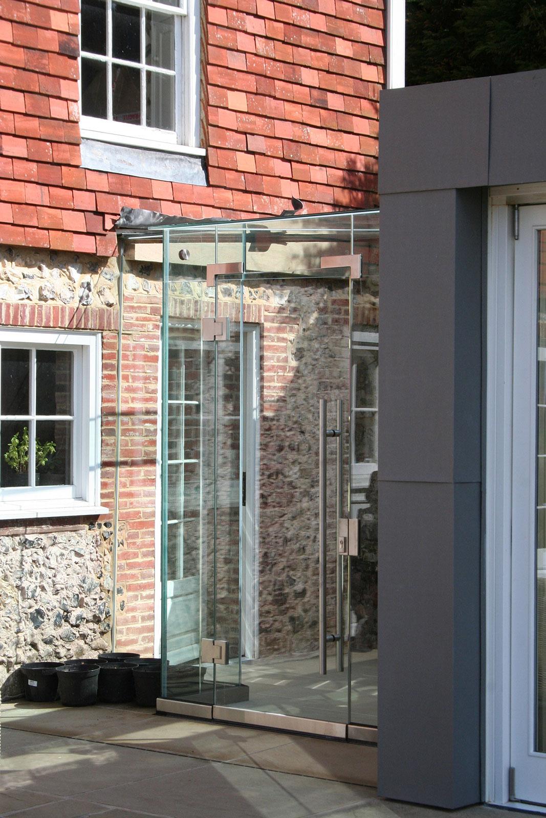 Frameless Glass Cube Linkway, Church House