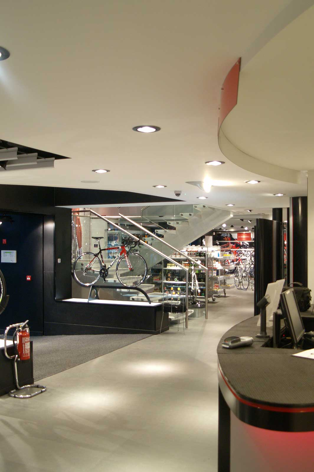 Bolted Glass Balustrades for retail Sigma Sports