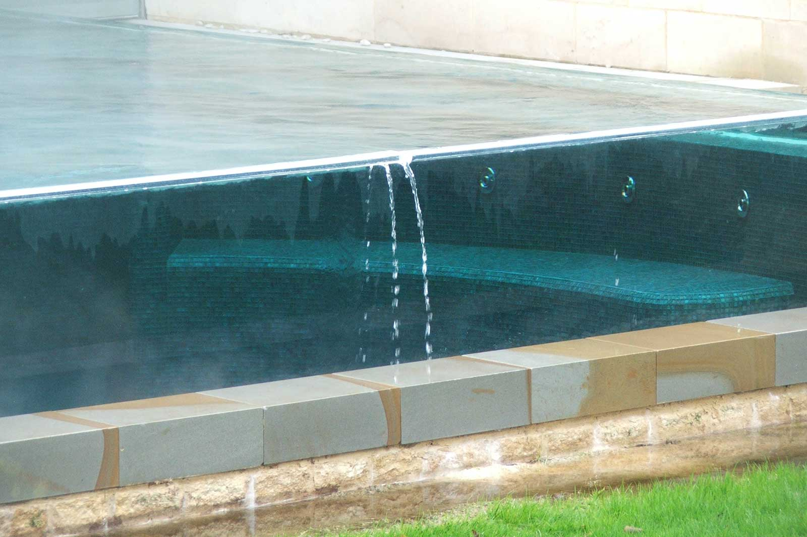 Structural Glass Swimming Pool Panels