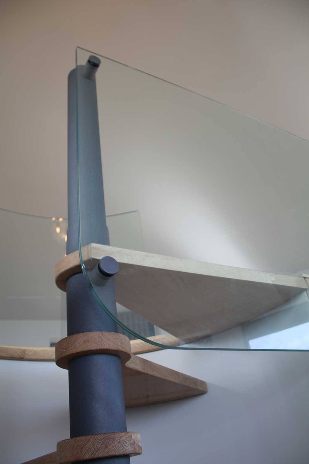 Shaped Radius Edge of Glass Balustrade Panel