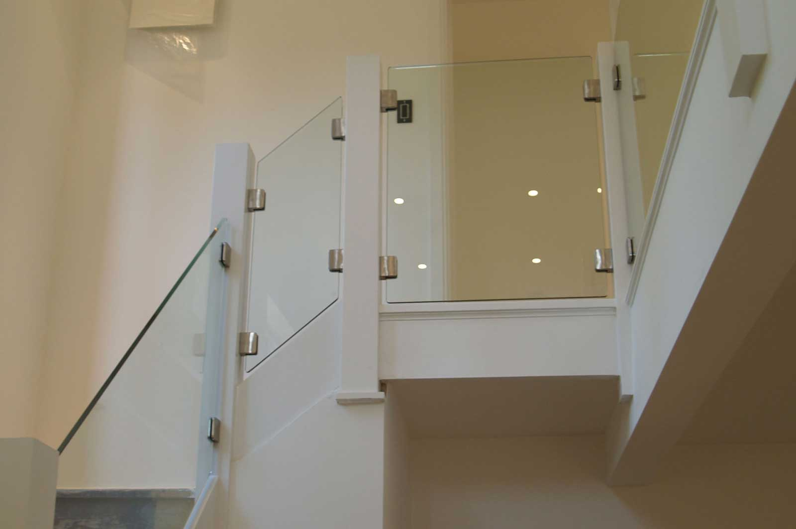Post & Clamp Glass Balustrade Panels