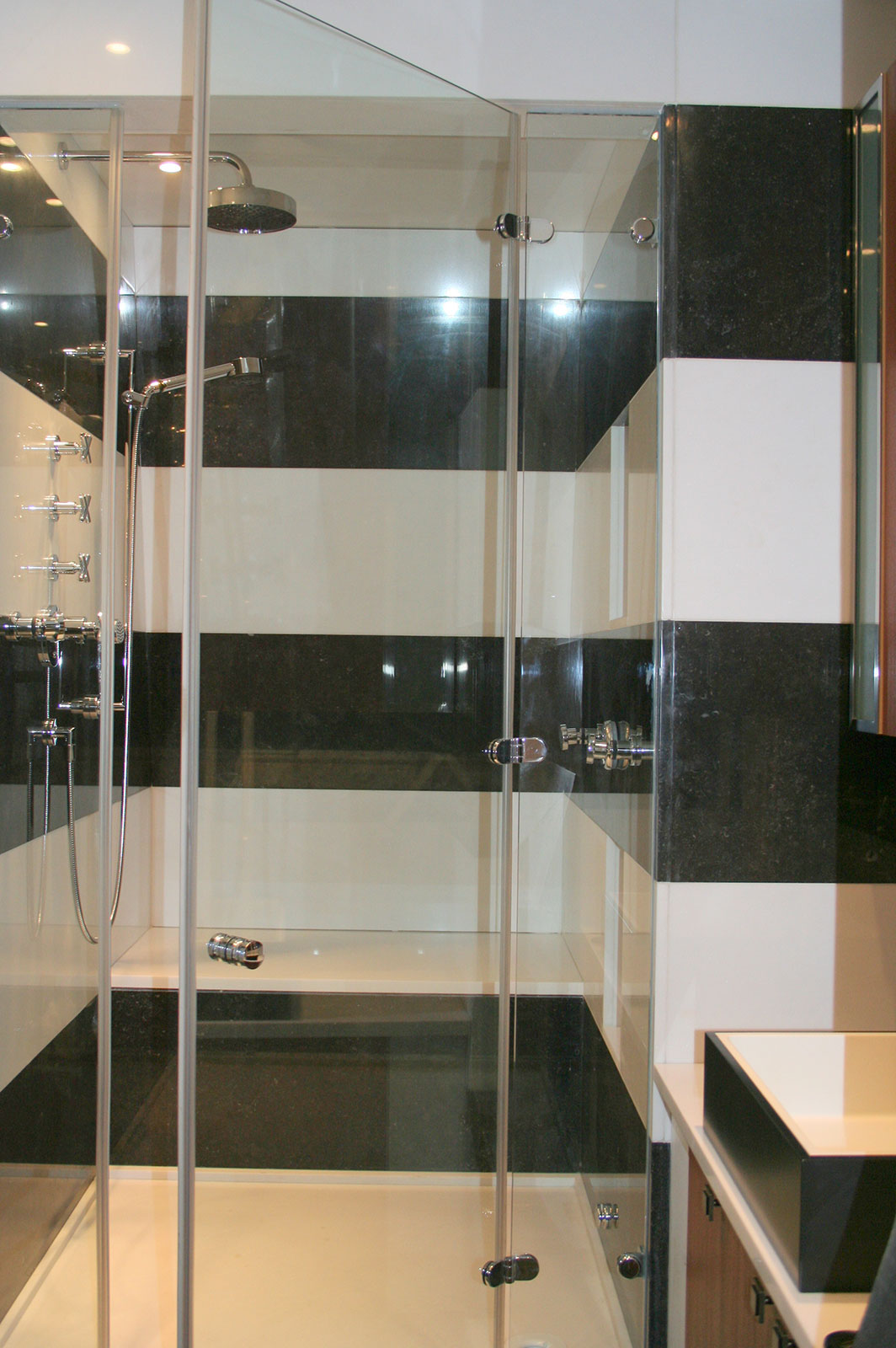 Frameless Wetroom and Shower Enclosure, Art Deco Penthouse
