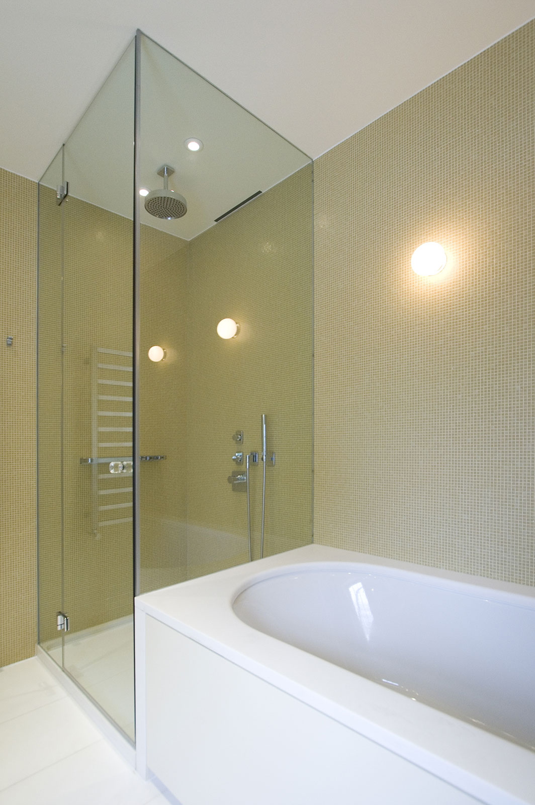Bespoke Frameless Shower Screen with Glass Hung Hinges