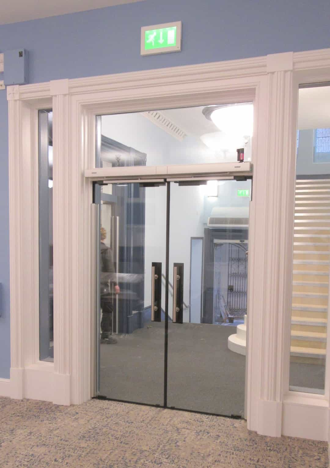 Custom Fire Rated Glass Doors With Automatic Opening