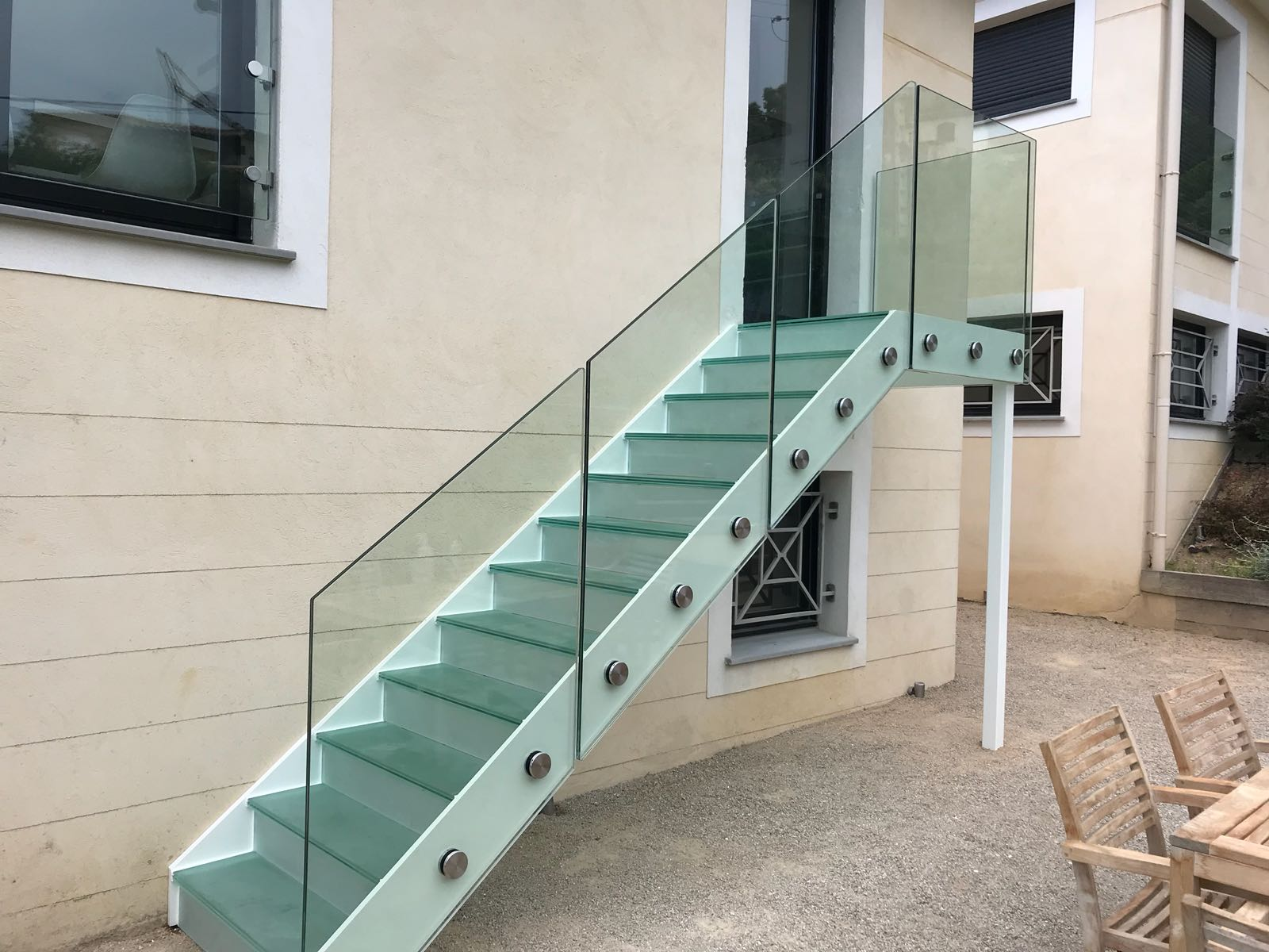 Bolted frameless glass balustrade