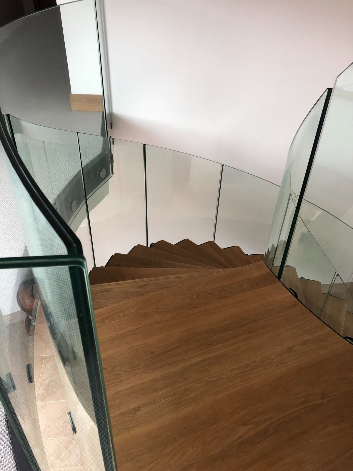 curved-glass-balustrade-blackford-barn-1